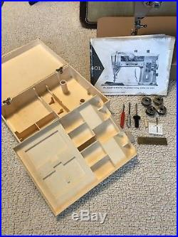 1959 Singer 401A Slant O Matic Sewing Machine Withcarry Case Attachments ++++