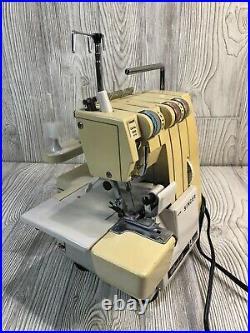 1987 SINGER ULTRALOCK 14U 52A Overlock Sewing Machine SERGER Pedal & Carry Case