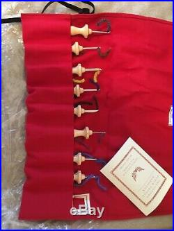 Amy Oxford punch needle kit! Booklet and Stitch Gauge Included With Carry Case