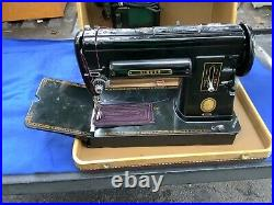 Awesome refurbished singer 301A sewing machine black model in carry case