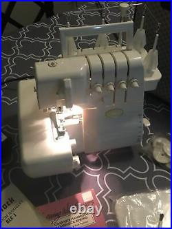 Baby Lock Eclipse Model BLE1 Serger with Carry Case EXCELLENT CONDITION