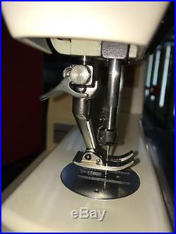 Bernina 807 Sewing Machine with Foot Pedal Carry case And Extras