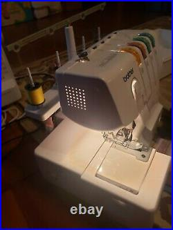 Brother 1034D 3/4 Thread Serger with Differential Feed and carrying case