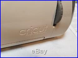 CRICUT EXPRESSION 24 DIE CUTTING MACHINE CREX001 w Carrying Case-TESTED