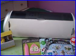 Cricut Expression Machine +carry Case- Cartridges & Lots Of Extras