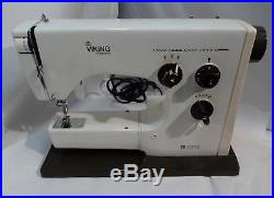 Husqvarna Vintage Viking Sewing Machine With Carrying Case, Bag And Pedal 3230