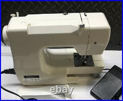 Janome Jem Gold Sewing Model 660, for repair or parts only