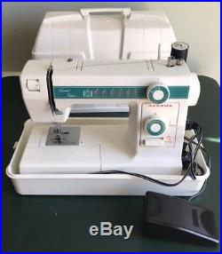 Janome New Home Model 108 Limited Edition Sewing Machine with Carrying Case EUC