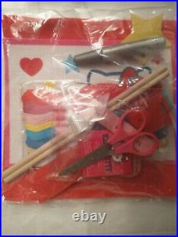 NEW Sanrio 2012 Hello Kitty Creative Craft Carry Case. BRAND NEW