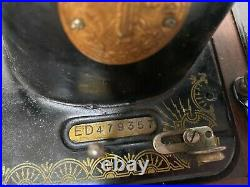ORIGINAL SINGER 15k CAST IRON HAND CRANK SEWING MACHINE & BENT CARRY CASE