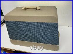 ORIGINAL SINGER 99k CAST IRON HAND CRANK SEWING MACHINE & CARRY CASE