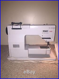 PFAFF 1222 Sewing Machine with Carrying Case Good Condition Best Brand