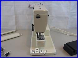 PFAFF Sewing Machine model 1222E With Carry Case-Working