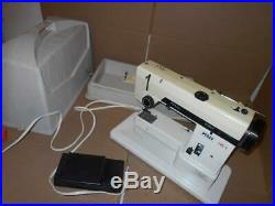 PFAFF Stretch 295-1 Sewing Machine With Pedal & Carrying Case