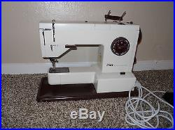 Pfaff Synchromatic 1217 Sewing Machine Dual Feed with Carry Case