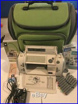 Provo Craft Cricut Personal Electric Cutter CRV001 Carrying Case +many extras