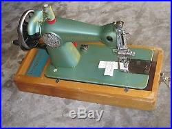 Retro Victor Deluxe Cast Iron Hand Crank Sewing Machine & Carry Case. Jap Made