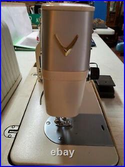 Riccar Super Stretch Sewing Machine Model 555SU with Case & Foot Pedal