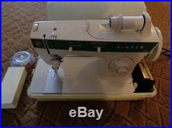 SINGER Sewing Machine FASHION MATE 248 with Carry Case MANUAL Tested and Works