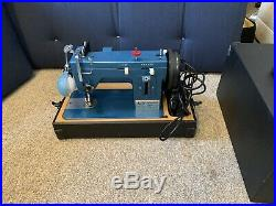 Sailrite LSZ-1 Zig Zag Walking Foot Sewing Machine With Carrying Case