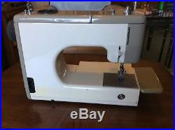 Sears Kenmore Portable 158-1030 Sewing Machine With Rose Carry Case