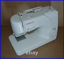 Singer 1507 Sewing Machine with Canvas Cover Manual Foot Switch