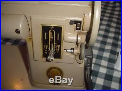 Singer 301A Heavy Metal Sewing Machine w Hard Carry Case
