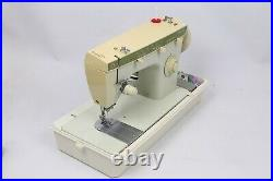 Singer Fashion Mate 252 Sewing Machine Greist Button Foot Pedal Carry Case +More