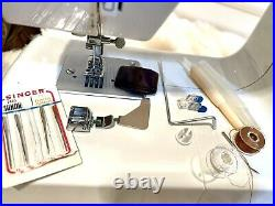 Singer Portable Domestic Home Sewing Machine with carrying case