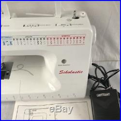 Singer Scholastic Sewing Machine 6510 W Carrying Case, Power source directions