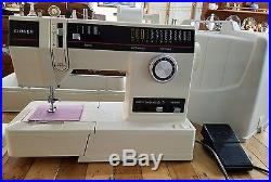 Singer Sewing Machine 6233 Free-Arm Multi-Stitch Portable with Carrying Case