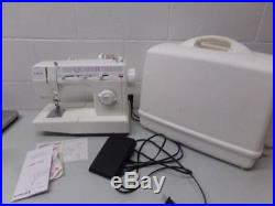 Singer Sewing machine 5050 Easy Thread EXCELLENT condition in Carry Case