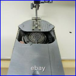 Singer Touch And Sew Zig Zag Sewing Machine Model 635 with Foot Pedal + Carry Case