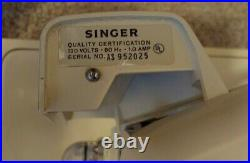 Singer Touch Sew Machine Sewing Vintage Model Zig Zag And Case Works Well Vtg