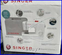 Singer White Sewing Machine 1507 Manual Foot Switch WithBox