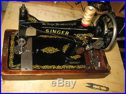 Vintage Cast Iron 28k Hand Crank Sewing Machine With Bent Wooden Carry Case