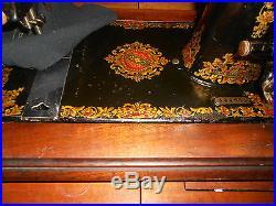 Vintage Jones Cs Hand Crank Sewing Machine With Wood Carry Case & Accessories
