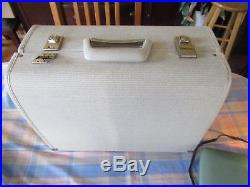 VINTAGE VIKING HUSQVARNA SEWING MACHINE TYPE 19E WITH CARRYING CASE plus extras
