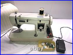 VTG Bradford Zig Zag Sewing Machine Model W. T. G. #650 WithEXTRAS And carry case