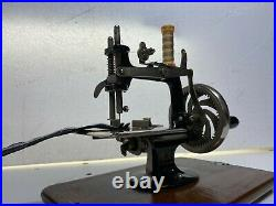 Vintage Cast Iron Toy Hand Crank Sewing Machine With Original Carry Case