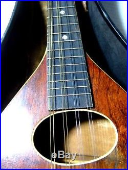 Vintage Flat Back Mandolin Hand Crafted with Kluson Delux Tuners in Carry Case