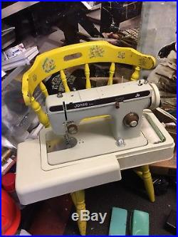 Vintage Jones 692 Electric Sewing Machine -pedal And Carry Case + Accessories