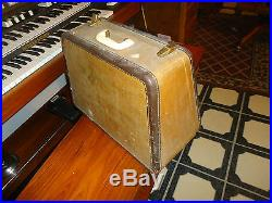 Vintage Singer 191j Sewing Machine And Carrying Case
