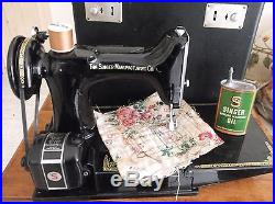 Vintage Singer 221K Sewing Machine Carry Case & Accessories Fully Working