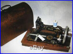 Vintage Vesta Cast Iron Hand Crank Sewing Machine With Carry Case. German Made