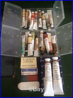 Vintage large Artists wooden carry case with Winsor newton paints brushes. B88