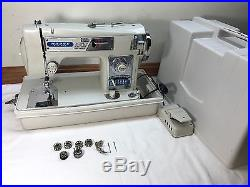 Vtg Morse Fotomatic III Model 4300 Zig Zag Sewing Machine with Pedal & Carry Case