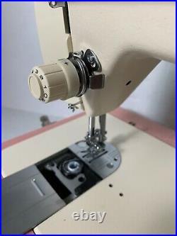 Vtg Singer Merritt Sewing Machine Model 2404 with Carrying Case Pink & White